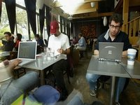 Wifi_users_at_cafe