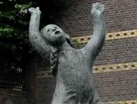 Maastrichtstatue_1